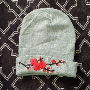 Grey embroidered toque/beanie